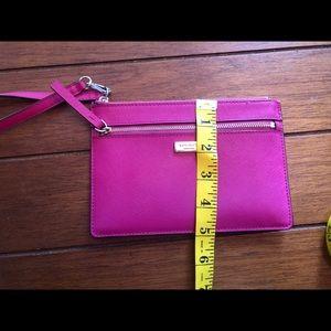 kate spade Bags - Kate Spade wristlet